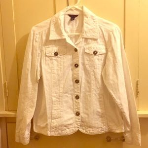 Westbound Beautiful White Floral Top Size Medium
